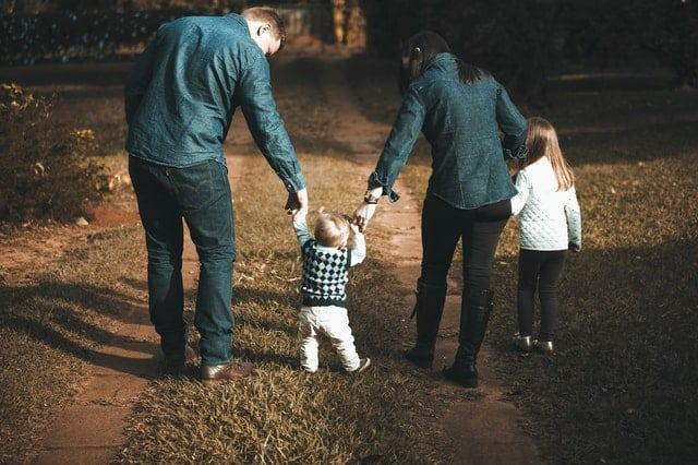 Mengenal Program Keluarga Harapan Kemensos