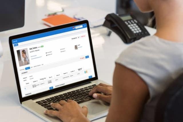 Software Payroll LinovHR: Buat Slip Gaji Otomatis, Aman, Cepat, dan Tepat